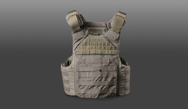 Flextech ballistic plate carrier with laminated molded comfort pads